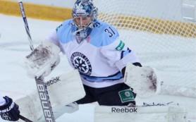 «Торпедо» рвется в плей-офф, «Сибирь» помогает
