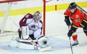 Варламов не спас «Колорадо» от поражения в матче НХЛ против «Калгари»
