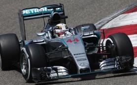 Пилот Mercedes Льюис Хэмилтон выиграл квалификацию «Гран-при Китая»