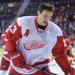 """""""Детройт"""" выиграл у """"Тампы"""" в первом матче серии плей-офф НХЛ"""
