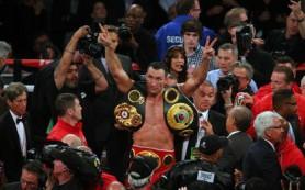 Владимир Кличко подтвердил титулы чемпиона мира по боксу в четырех версиях