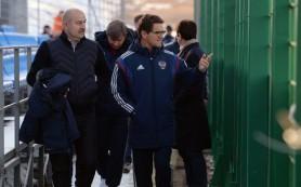 Результаты сборной России по футболу объясняются негативом вокруг команды