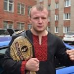 Российского бойца Шлеменко дисквалифицировали на три года за допинг
