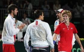 Сборная РФ по теннису поднялась на 8 позиций в рейтинге Кубка Дэвиса