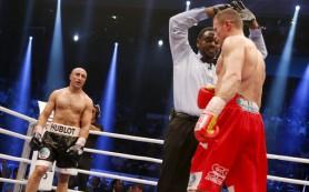 Россияне Шафиков и Магомедов выиграли боксерские поединки