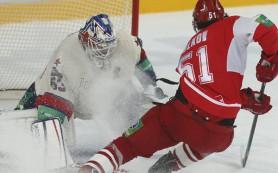 Чемпион КХЛ завершил первый сбор победой над «Спартаком»