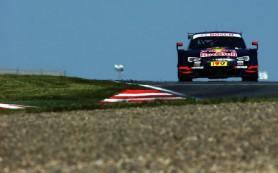 Швед Экстрем выиграл вторую гонку в Австрии и вышел в лидеры сезона DTM