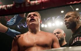 Российский боксер защитил титул чемпиона под руководством Роя Джонса-младшего