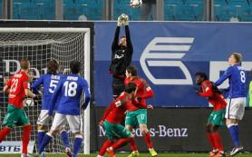 Лидеры чемпионата России по футболу набрали два очка на четверых