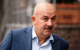 Имя главного тренера сборной России по футболу назовут в августе