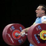 МОК лишил золотых медалей тяжелоатлета из Казахстана Илью Ильина