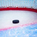 Хоккеисты РФ уступили канадцам во втором матче молодежной суперсерии