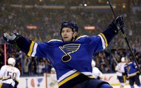 Тарасенко и Бобровский стали вторыми звездами матчей НХЛ
