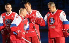 Владимир Путин забил шесть шайб в гала-матче Ночной лиги