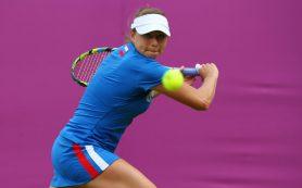 Российская теннисистка Звонарева снялась с турнира WTA