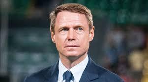 Олег Кононов ушел в отставку с поста главного тренера «Ахмата»