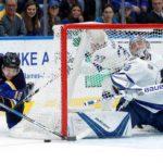 Василевский и Кузнецов вошли в тройку звезд дня в НХЛ