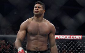 Один из сильнейших тяжеловесов UFC рассказал, что его впечатлило в России