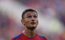 Московский ЦСКА отказался продавать нападающего Федора Чалова в английский «Кристалл Пэлас» за 28 миллионов долларов.
