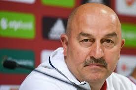 Главный тренер сборной России по футболу Станислав Черчесов рассказал о планах