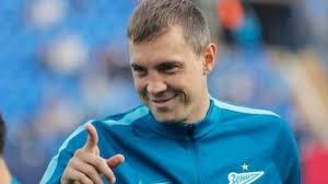 Капитан сборной России по футболу Артем Дзюба  дал интервью