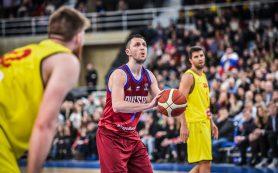 Сборная России во главе с Виталием Фридзоном одержала победу в очередном матче отбора на Евробаскет-2021