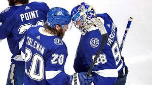 «Тампа-Бэй» выиграла второй матч финальной серии плей-офф Национальной хоккейной лиги против «Далласа» — 3:2
