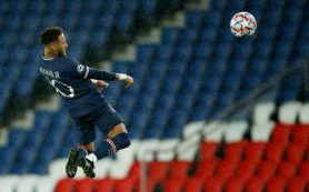 «Пари Сен-Жермен» уступил на своем поле «Манчестер Юнайтед»