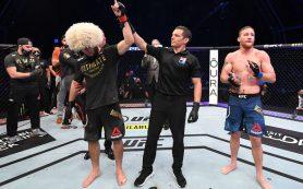 Нурмагомедов защитил титул, досрочно победив Гэтжи на UFC 254