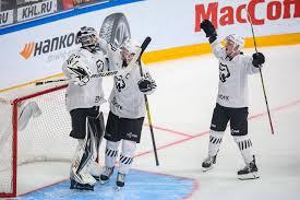 «Трактор» обыграл СКА в матче КХЛ и вышел на первое место на «Востоке»