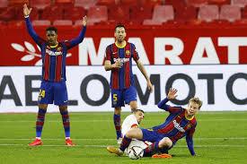 «Барселона» уступила «Севилье» в первом матче 1/2 финала Кубка Испании