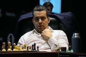 Гроссмейстер Непомнящий cохранил с в Екатеринбурге