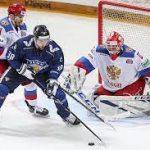 Сборная России по хоккею потерпела первое поражение в Евротуре