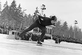 Олег Гончаренко первым из отечественных конькобежцев стал трехкратным чемпионом мира