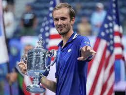 Медведев выиграл первый турнир Большого шлема
