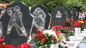 В Ярославле прошла панихида в память о погибших хоккеистах «Локомотива»