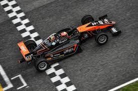 Россиянин Бедрин лидирует в зачете новичков в итальянской «Формуле-4»